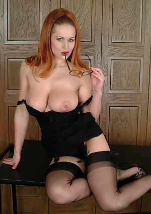 Free Big Boobs Stockings Porn Pictures