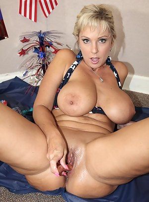 Free Big Boobs Crazy Porn Pictures