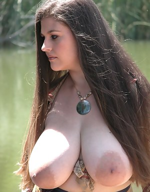 Free Big Boobs Nipples Porn Pictures