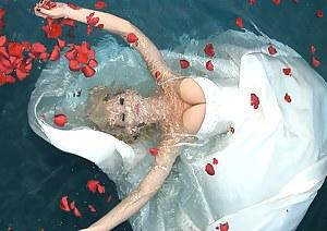 Free Big Boobs Underwater Porn Pictures