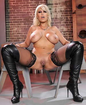 Free Big Boobs Leather Porn Pictures