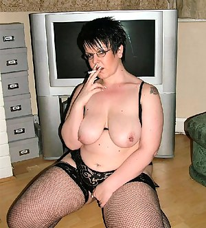 Free Big Boobs Smoking Porn Pictures