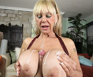 Free Big Boobs Gonzo Porn Pictures