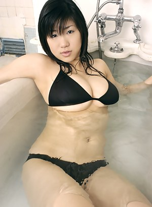 Free Japanese Big Boobs Porn Pictures