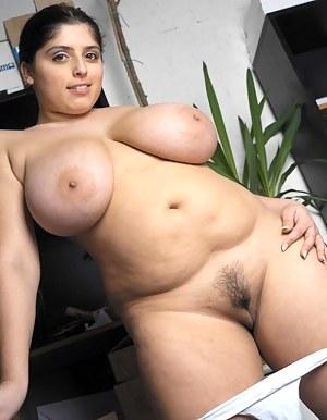 Free Big Boob Moms Porn Pictures