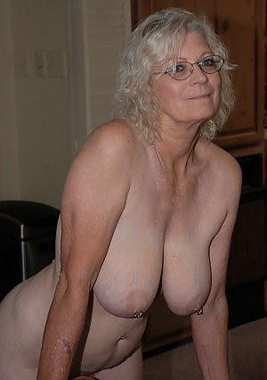 Free Big Boob Granny Porn Pictures